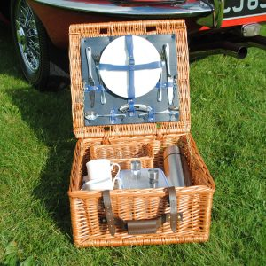 Farnham Fitted Picnic Hamper - 2 person